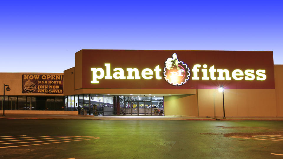 Planet Fitness IMG 03b